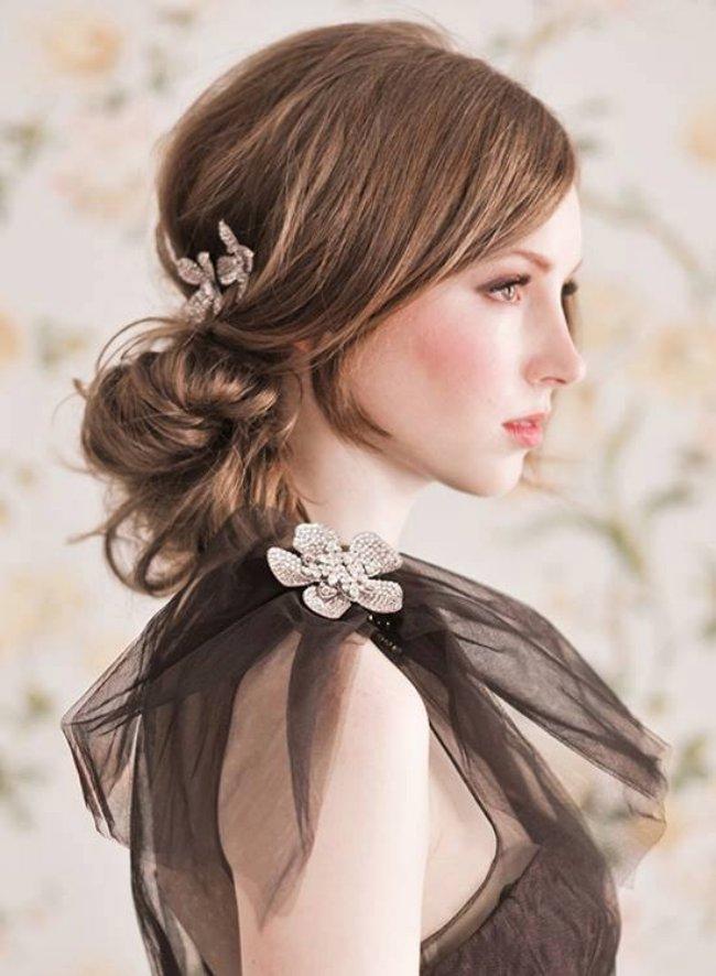 модные прически на волосы средней длины 2008-2009 фото