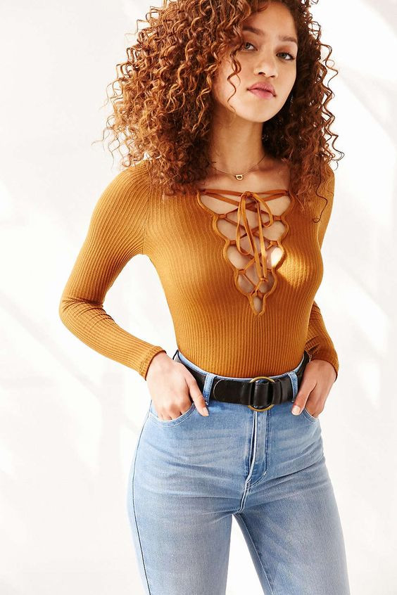 lace-up-shirt-the-perfect-classes-of-cloths-for-night-out2