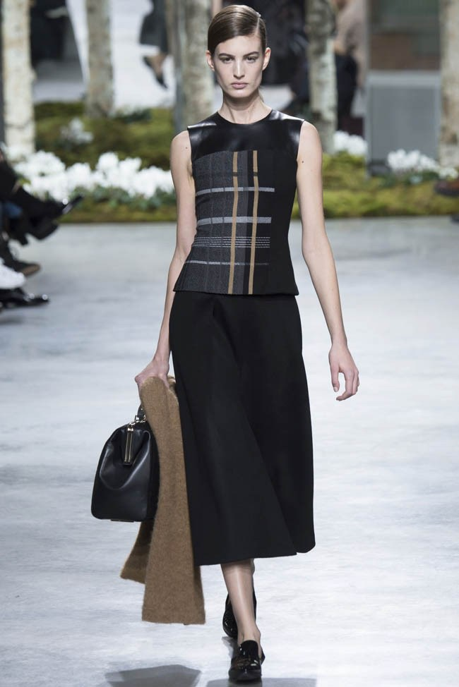 Black Dress Outfits 2014 for Women by Hugo Boss | 650 x 974 jpeg 75kB