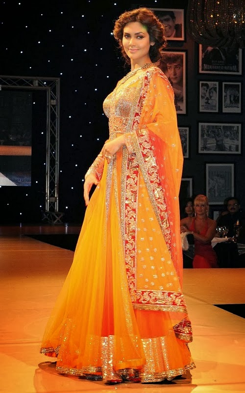 Esha Gupta In Manish Malhotra Lehenga Bridal Collection