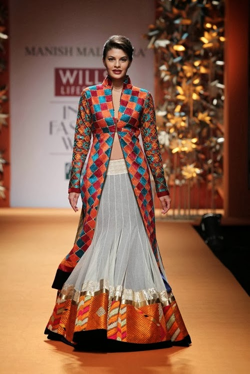Jacqueline Fernandez In Manish Malhotra Clothing 2014 For Girls Fashion Fist 3 Fashion Fist