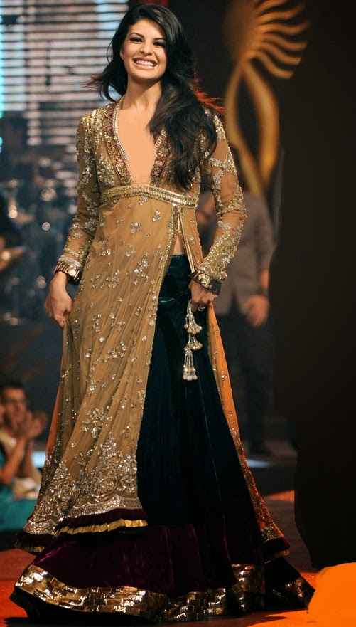 Jacqueline Fernandez In Manish Malhotra Clothing 2014 For