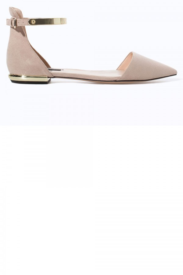 The-Flat-Shoes-Pairs-To-Get-Excited-About-This-Season-Fashion Fist (3)
