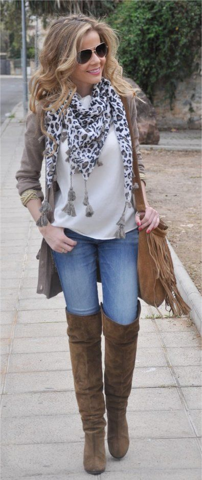 Latest Styles And Trends Of Jeans For Women Over 40 0014