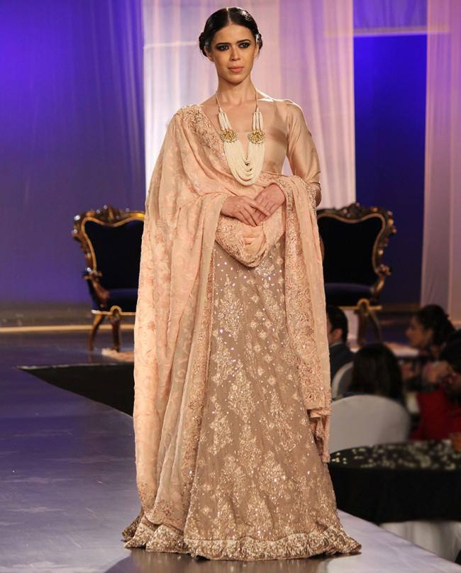Designer Manish Malhotra Mijwan 2014 Men And Women Collection