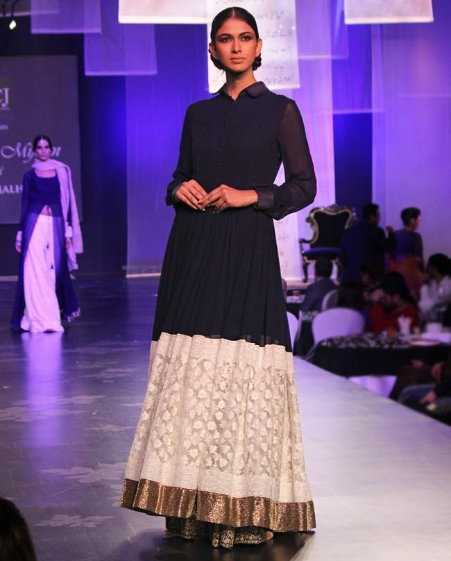 Lujo Manish Malhotra Party Wear Dresses Componente - Vestido de ...