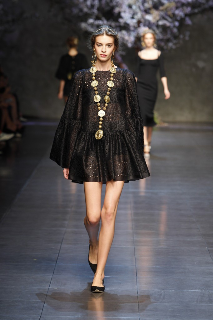 Dolce Amp Gabbana New Black Dress Collection 2014 For Women
