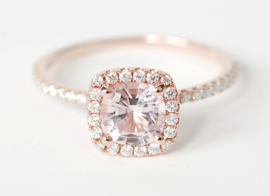 How to Choose the Right Engagement Ring for Her
