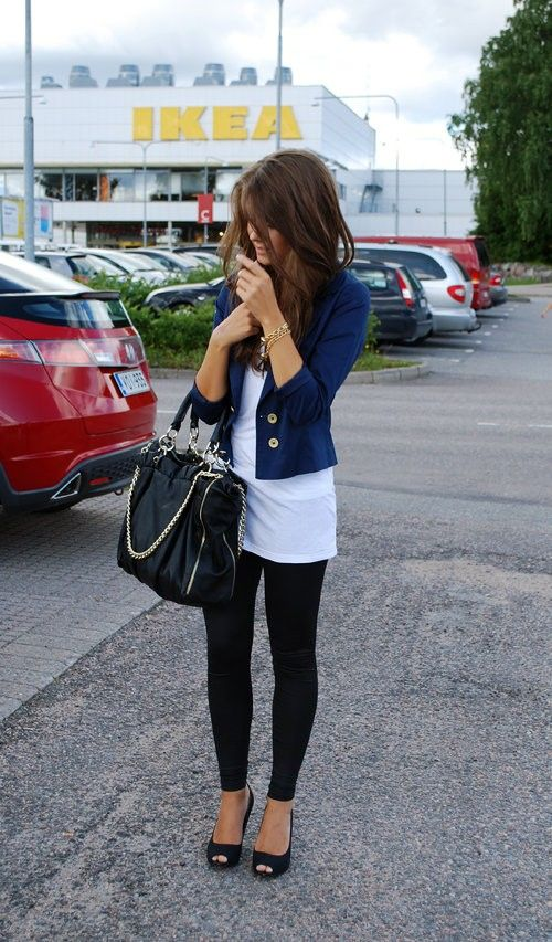 Latest Fashion Trends For Women Jeans