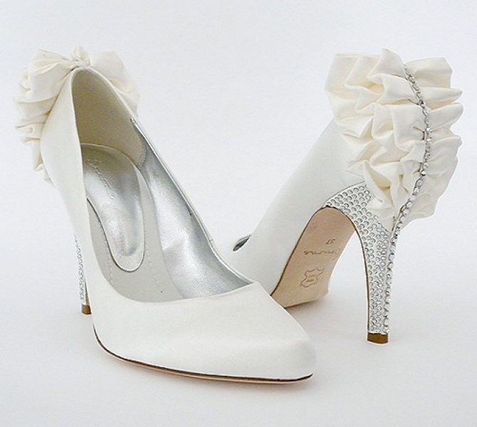White Bridal Shoes Latest Collection - Fashion Fist (1)