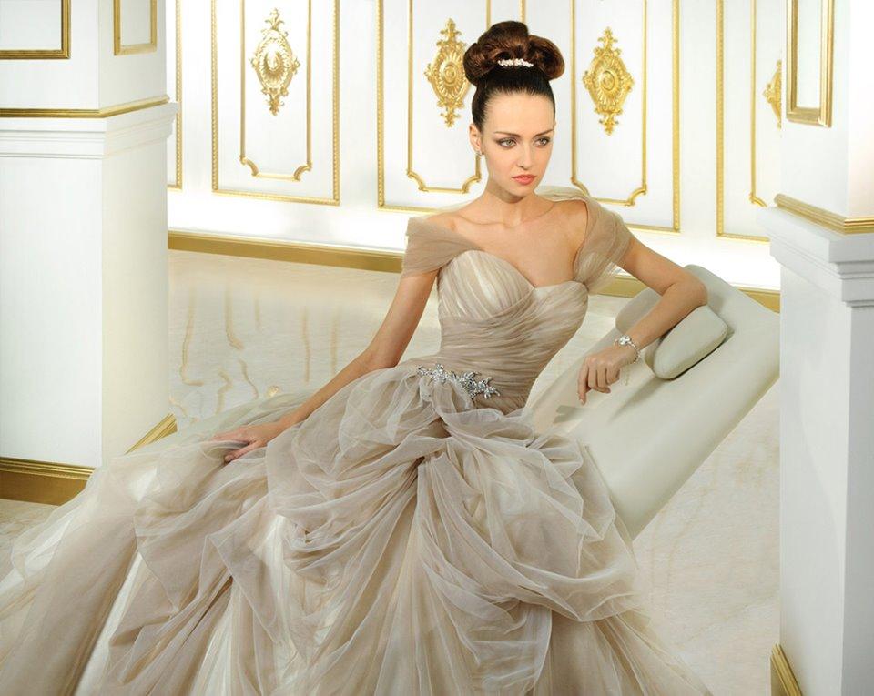 Wedding gowns australia latest and stylish by demetrios for Wedding dresses online australia