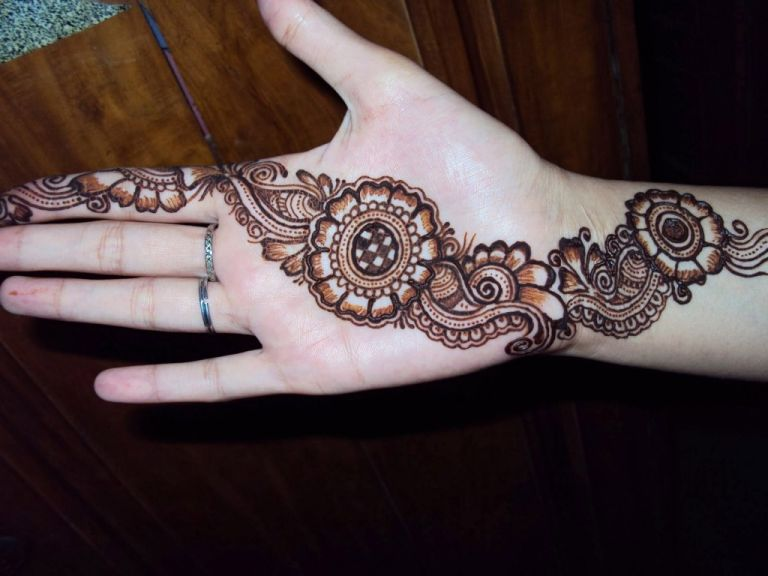 Simple Mehndi Designs Latest and Beautiful 2014 - 2015 for Eid