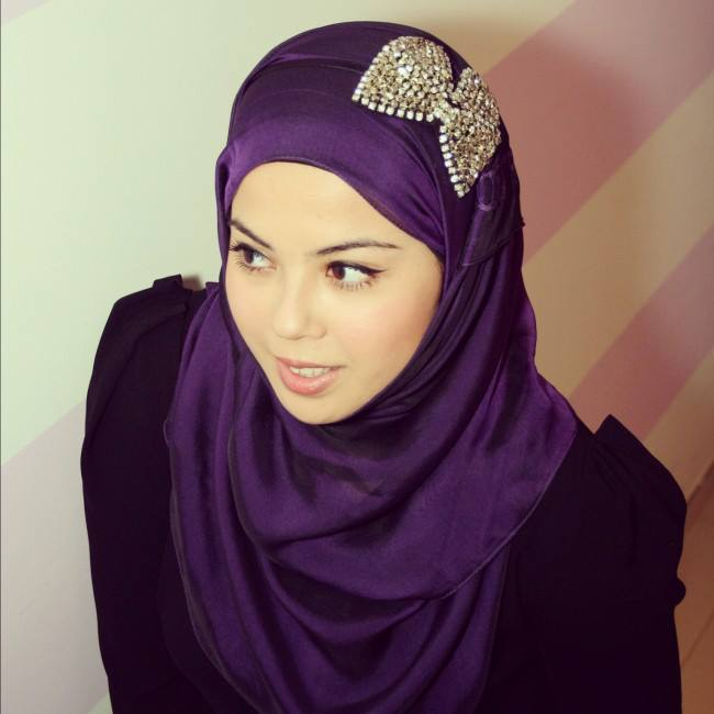 Abaya Designs Dubai And Hijab Collection For Girls on Latest Different Styles Of Writing