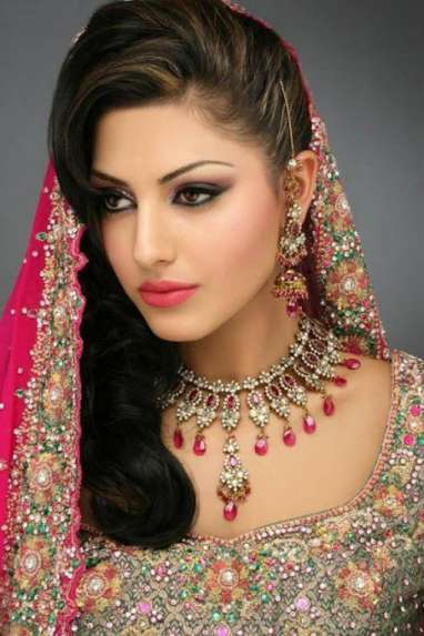 Long Indian Hair And Make Up Styles 2015 For Girls