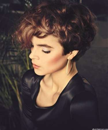 Short Hairstyles Curly Designs For Women 2015